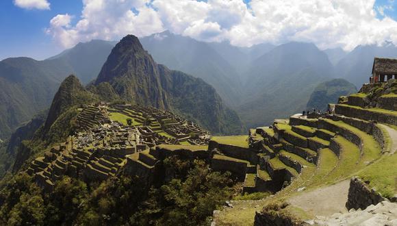 """Foto 2   El lunes 17 de setiembre será día clave para Machu Picchu, ya que se decidirá si se promueven nuevas alternativas de transporte, a través del uso de teleféricos como medio para llegar hasta la ciudadela inca o si se fortalece el transporte terrestre. Así lo adelantó a gestion.pe el presidente del Gobierno Regional del Cusco, Edwin Licona, quien dijo que de darse """"luz verde"""" al desarrollo de teleféricos, este proyecto deberá pasar primero bajo la opinión de la Unesco, tomándose en cuenta que la ciudadela inca es un patrimonio cultural de la humanidad.  (Foto: Youtube)"""