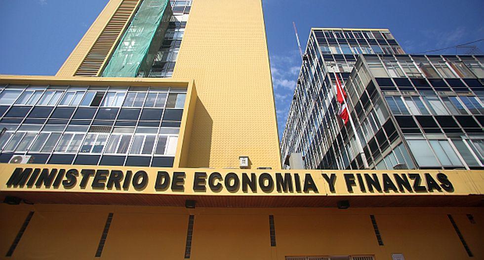 LIMA, 19 DE ENERO DE 2014FRONTIS DEL MINISTERIO DE ECONOMIA Y FINANZAS, MEF.FOTOS: ALONSO CHERO