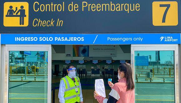 """""""Las personas tienen miedo a viajar y esto lo vemos en los vuelos actualmente. La mayor parte de personas que lo han hecho son los que han estado varados y querían regresar. No vemos movimiento turístico en las ciudades"""", indicó Rodrigo Lazarte, CEO de Tierra Viva. (Foto: GEC)"""
