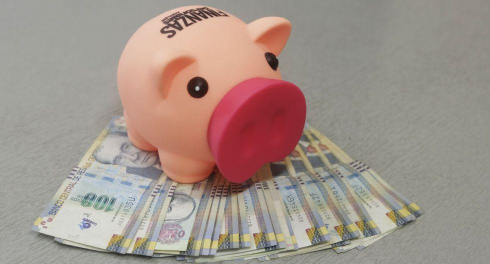 FOTO 1 | Ahorrar propinas: Si los padres entregan dinero a sus hijos periódicamente, una parte debe ser ahorrada. Podemos incentivar el ahorro diciéndoles que ese dinero les servirá para comprar algo que anhelan. (Foto: GEC)