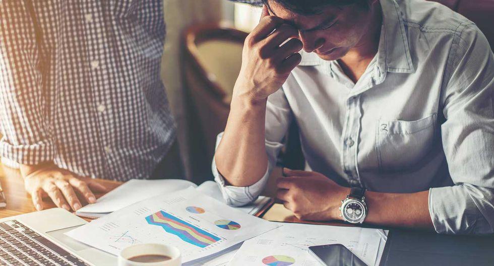 Foto 1 | Reduzca el riesgo. Esto incluye el dinero que necesita hasta que la empresa genere sus propios ingresos. Antes de empezar a emprender ahorre lo suficiente para cubrir los costos del camino. (Foto: Digiflow)