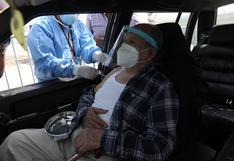 Vacunación territorial: los cinco lugares donde se vacunará en auto a adultos mayores