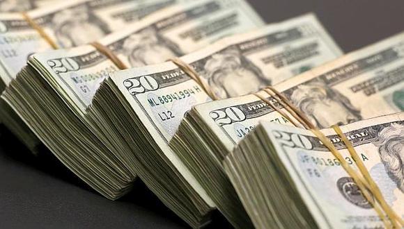 El volumen de cambio de divisas de las personas naturales durante la pandemia ha caído hasta en un 30% al mes. (Foto: Reuters)