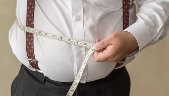 """La obesidad es una enfermedad especialmente común en hombres y que va mucho más allá de """"tener unos kilos de más""""."""