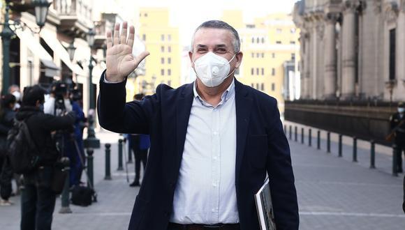 """""""No nos preocupamos en absoluto [por la tacha], todo está en regla y ya el personero legal de Podemos, está recurriendo al JNE"""", señaló Daniel Urresti. (Foto: GEC)"""