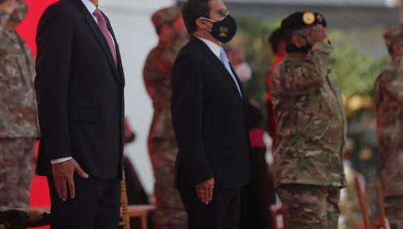 """En su discurso en la ceremonia por el Día de las Fuerzas Armadas, Vizcarra las consideró instituciones """"modernas"""" que garantizan """"la libertad, la justicia y el pluralismo"""" en el país. (Foto: Andina)"""