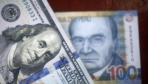 Desempeño. En lo que va del año, moneda estadounidense gana 4.64% frente al sol.  (Foto: AFP)