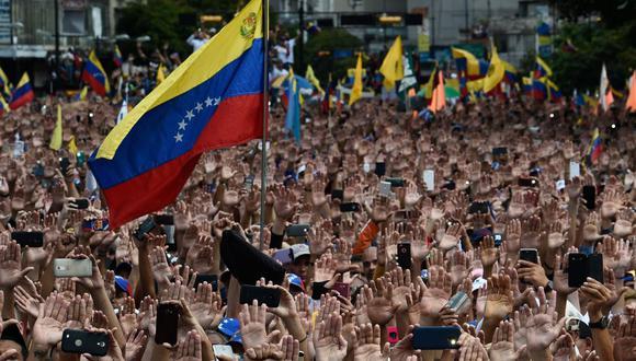 """""""Es parte de la estrategia del régimen para tratar de demostrar que los delitos que se han cometido en Venezuela son violación de derechos humanos y no crímenes de lesa humanidad"""", precisó. (Foto: AFP)"""