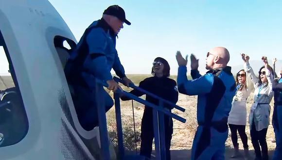 El actor William Shatner en su regreso del espacio. (Foto de EFE)