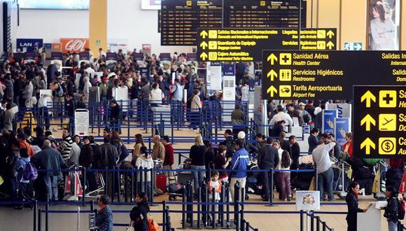 El coronavirus ha levantado las alertas en los aeropuertos del mundo. (Foto: GEC)