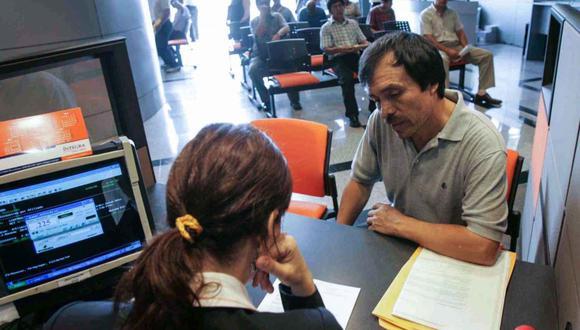 No todos podrán acceder al retiro de hasta 4 UIT de sus fondos, según la Ley 31192. (Foto: Andina)