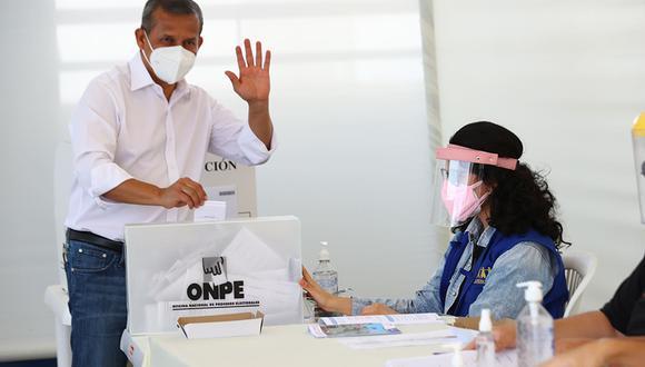 """""""Creo que es importante que todo el pueblo peruano tenga la oportunidad de votar, no unos cuantos, más aún con la situación que estamos viviendo"""", señaló Humala. (Foto: Andina)"""