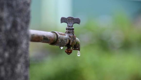 Dado que el agua es una materia prima vital para la industria y la agricultura, los problemas relacionados con este recurso afectarán el crecimiento económico de varios países. (AFP)