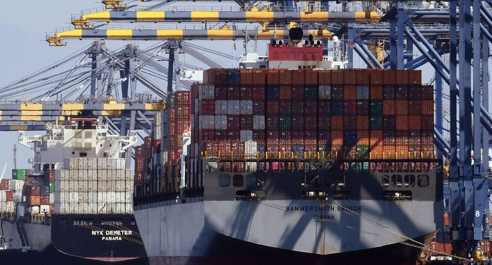 Si bien las exportaciones tradicionales generaron la caída, el sector no tradicional continúa con una tendencia positiva. (Foto: AFP)