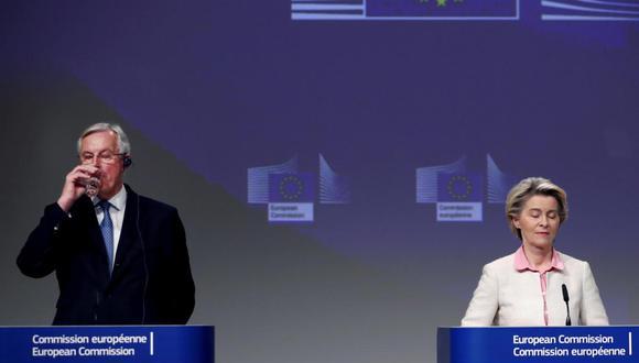 """""""Por fin podemos dejar el Brexit atrás y la Unión Europea puede seguir avanzando"""", dijo la presidenta de la Comisión Europea (CE), Ursula Von der Leyen en Bruselas, al tiempo que señaló que hasta lograrlo ha sido """"un camino largo y sinuoso"""" pero """"era un acuerdo por el que había que luchar"""". (Foto: EFE/EPA/FRANCISCO SECO / POOL)"""