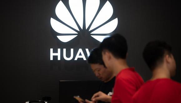 Washington ha prohibido a Huawei el despliegue de la 5G debido a la preocupación de que la empresa quedara bajo el control de Pekín, que supuestamente podría ejercer una gran influencia y acceder a datos sensibles. (Foto: AFP)