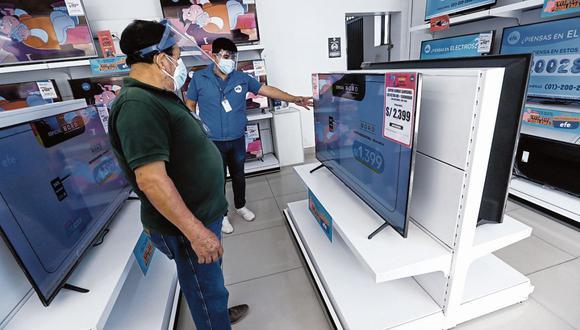 Mercado.  En la última semana de la campaña del Día del Padre se estima se venderán 39,000 televisores. (Foto: GEC  Fernando Sangama)