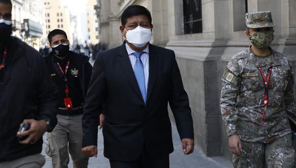 """""""Nosotros como Fuerzas Armadas damos apoyo a la Policía Nacional en el tema del narcotráfico y terrorismo"""", dijo Ayala. (Foto: Archivo GEC)"""
