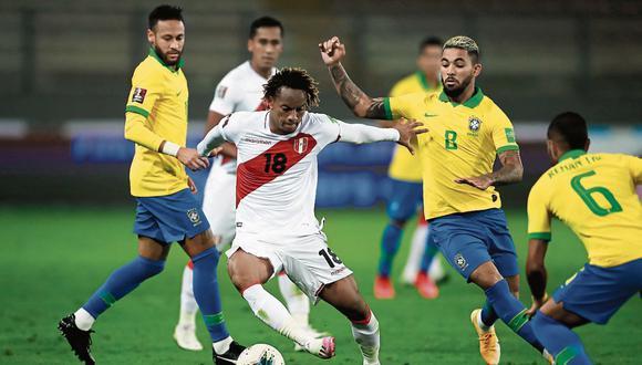 Participación. Según Credicorp Capital Asset Management, Perú caería en cuartos de final contra Uruguay. (Foto: AFP)