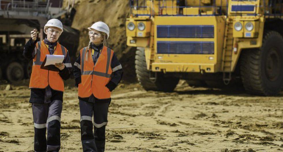 Los operadores mineros pueden visualizar a distancia y en tiempo real los indicadores de desempeño de una o varias unidades mineras. (Foto: GEC)