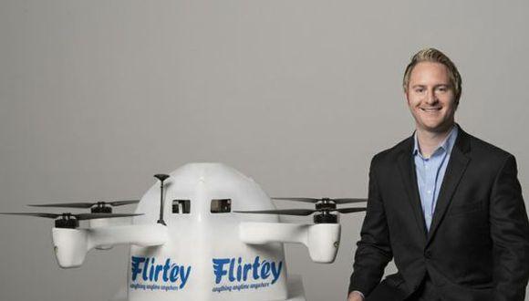 Matthew Sweeny de Flirtey.