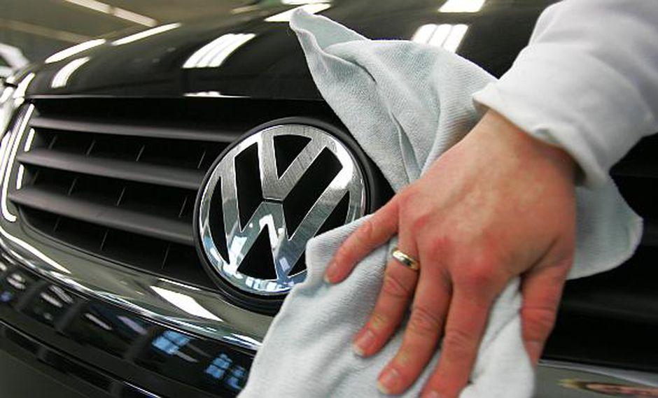 Un vocero de VW dijo que no está enterado de que haya habido accidentes o lesiones a causa de la falla. (Foto: AFP)