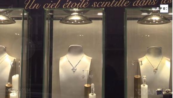 La Alta Joyería actualiza en París sus centenarios iconos. (Foto captura: EFE).