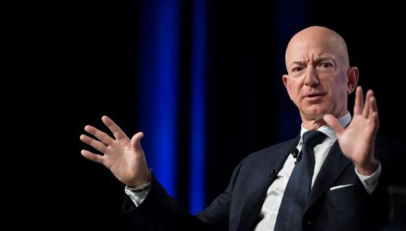 Jeff Bezos dio consejos para emprendedores que buscan mantenerse en un mundo que cambia constantemente.(Foto: AFP)