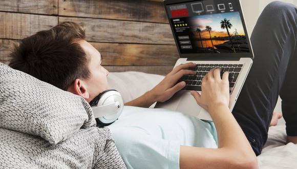 Auge del streaming opaca venta de películas en DVD y alienta demanda de accesorios tecnológicos. (ISTOCK)
