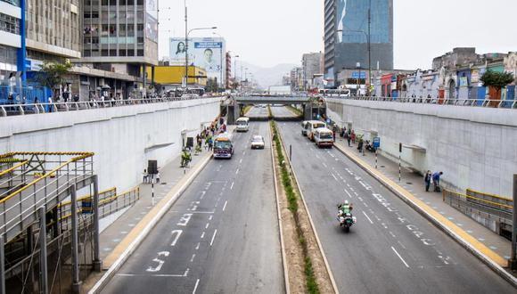 En la Vía Expresa Grau ir por las vías auxiliares tomaba a los conductores entre 30 y 35 minutos; con esta medida demoran entre 5 y 7 minutos.(Foto: MML)