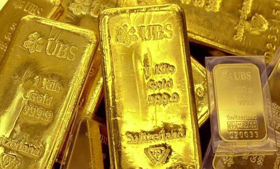 El oro ha perdido cerca de 12% desde que tocó un máximo en abril. (Foto: AFP)