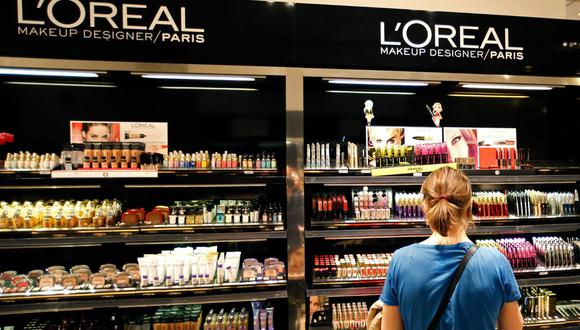 """El anuncio de L'Oreal del viernes pasado de que eliminaría palabras como """"blanco"""" de ciertos productos fue una noticia muy publicada en los medios de comunicación. (Reuters)"""