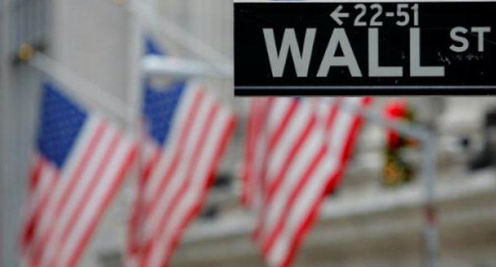 Foto 6 | Alza de tasas de bonos en EE.UU. elevará costo de financiamiento en dólares. Los inversionistas están nerviosos al anticipar mayores presiones inflacionarias en EE.UU., que conducirían a la Reserva Federal (Fed) a ser más agresiva en los incrementos de su tasa de interés. Esta proyección, así como la preocupación por el mayor endeudamiento de EE. UU., desencadenaron una ola de ventas de bonos del Tesoro a diez años y, en consecuencia, la tasa de interés de este activo trepó a 3.03% -su máximo nivel desde diciembre del 2013- desde los 2.82% de hace solo una semana (ver gráfico). Este incremento en la tasa de interés internacional se trasladará directamente a las tasas locales en dólares, afirmó Juan Manuel Ruiz, economista jefe para América del Sur del BBVA Continental. En línea con la subida de tasas de interés en EE.UU., el costo de financiamiento local en dólares aumentaría entre 0.15 y 0.20 puntos porcentuales a finales de año, estimó el ejecutivo (Foto: Andina).