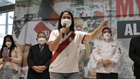 """Keiko Fujimori respondió a las críticas recibidas desde el equipo técnico de Perú Libre, sobre el gran gasto fiscal que implicarían sus propuestas, y señaló que hablan por """"desconocimiento""""."""