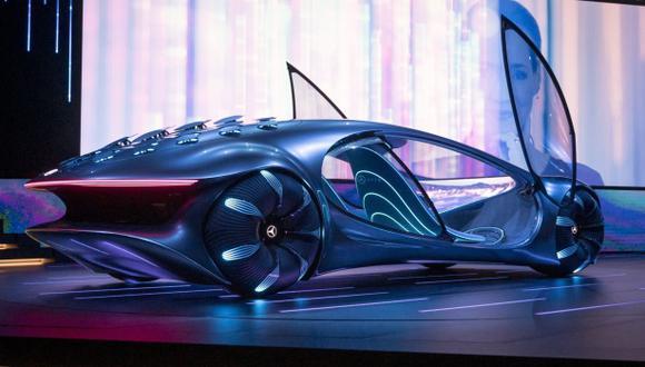 Los fabricantes de automóviles están tratando de controlar los datos generados por sus vehículos y evitar ser marginados por las gigantes de la tecnología.