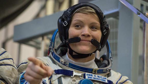 La astronauta Anne McClain, miembro de la expedición 58/59 de la Estación Espacial Internacional (EEI), es acusada de robo de identidad y acceso indebido a registros financieros privados. (Foto: AFP)