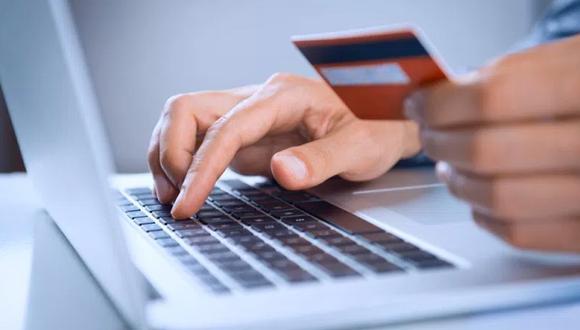 Foto 3 | Conoce el número de tarjetas de crédito que tienes activas: Es importante mantener un récord de tus tarjetas de crédito. Si has cambiado de tarjeta en el último año, asegúrate que tus créditos anteriores han sido cancelados para evitar trabas al momento de acceder a un crédito en el sistema financiero. Lleva un registro de ello, comunícate con tu institución financiera o revisa tu Reporte de Deudas Infocorp.
