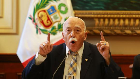 El vocero de Fuerza Popular, Carlos Tubino, señaló que Kenji Fujimori no debería regresar al Congreso porque no se trata de una sanción administrativa. (Foto: GEC)