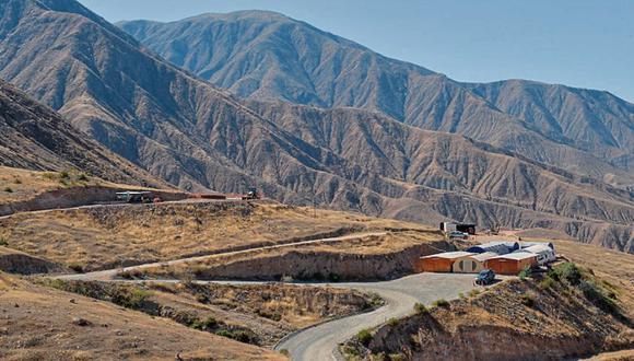 Trabajo social. La compañía hace audiencias públicas en dos distritos de Arequipa. (Foto: Difusión)