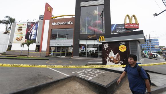 Arcos Dorados había informado previamente que cerraría todos sus restaurantes en Perú durante dos días por duelo, hasta el miércoles. (Foto: GEC)