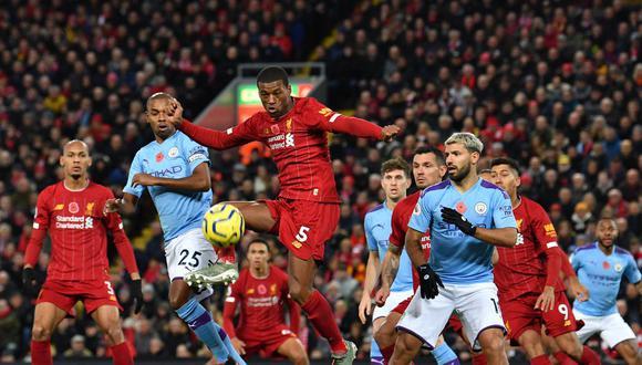 La Premier League, que tenía pensado volver en mayo, ha vuelto a quedar suspendida. (Foto: AFP)