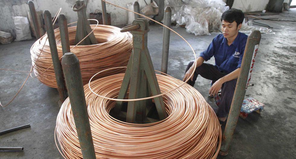 Los precios del cobre caían el viernes. (Foto: Reuters)