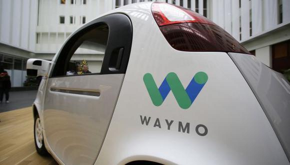 Waymo, una unidad de Alphabet Inc, y Fiat Chrysler dijeron que trabajarán juntas en el desarrollo de vehículos livianos diseñados para el transporte de productos. (Foto: AP)