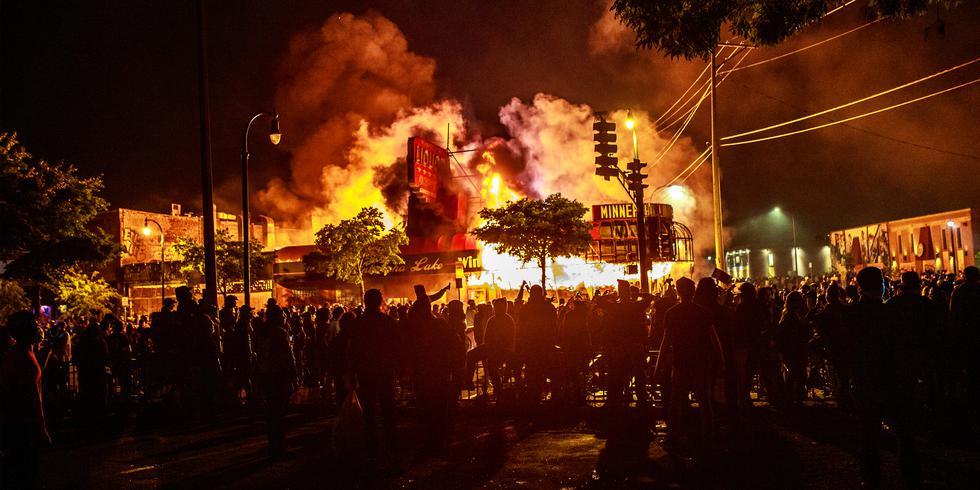 FOTO | Disturbios por motivos raciales en Estados Unidos. (Foto: AFP)