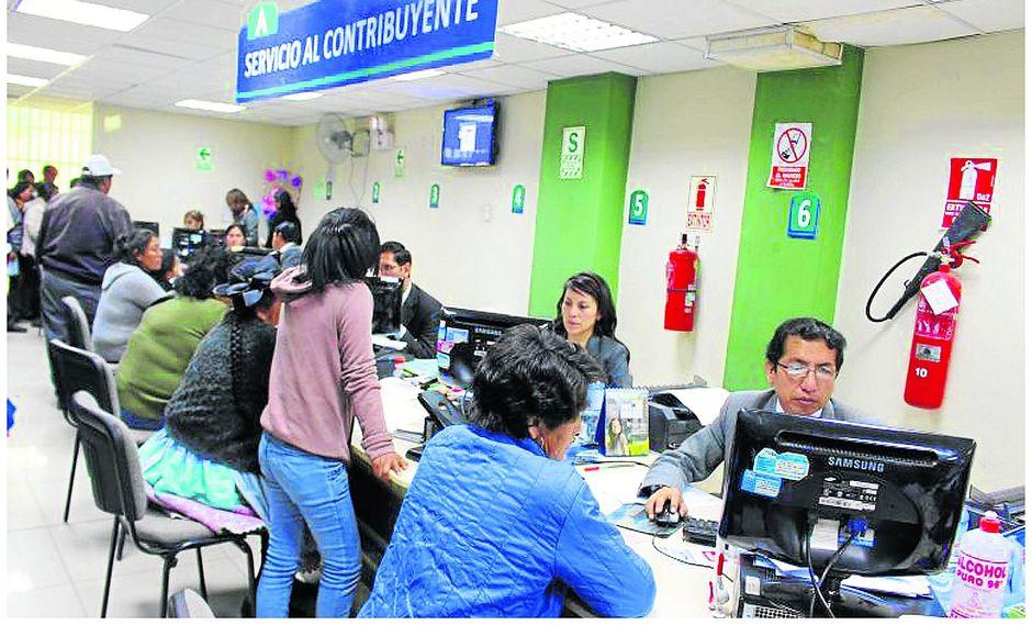 Debido al incremento excesivo de los arbitrios en ciertas Municipalidades de Lima Metropolitana, 20 de ellas han optado por otorgar a los contribuyentes descuentos por el pronto pago de los mismos.