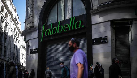 """""""Falabella seguirá operando a través del e-commerce"""", dijo la firma en su comunicado de hoy. (EFE/Juan Ignacio Roncoroni)."""