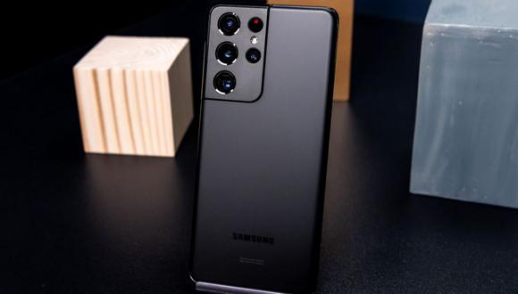 Galaxy S21 Ultra smartphone. Photographer: Nina Westervelt/Bloomberg