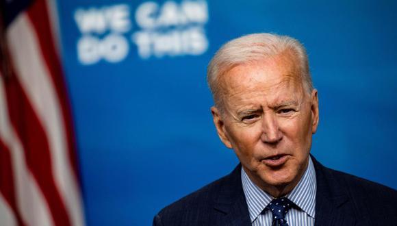 El plan de Joe Biden establece que, para el 1% de los hogares con los ingresos más altos, la tasa impositiva pasaría de 37% a 39.6%. (Foto: EFE/EPA/Samuel Corum).