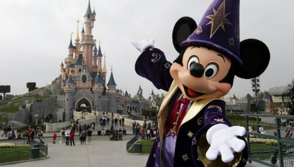 Fox estaría considerando vender la mayoría del grupo a la casa de Mickey Mouse.