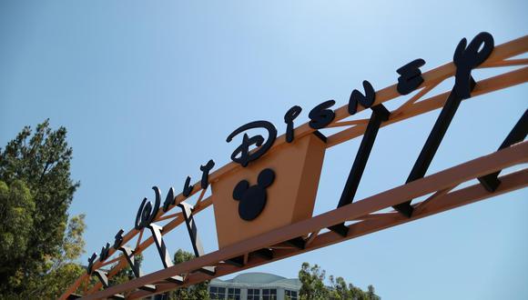 El gigante del entretenimiento también anunció acuerdos para que Disney+ pueda estar disponible en dispositivos conectados a internet de Apple, Google, Microsoft, Roku y Sony.